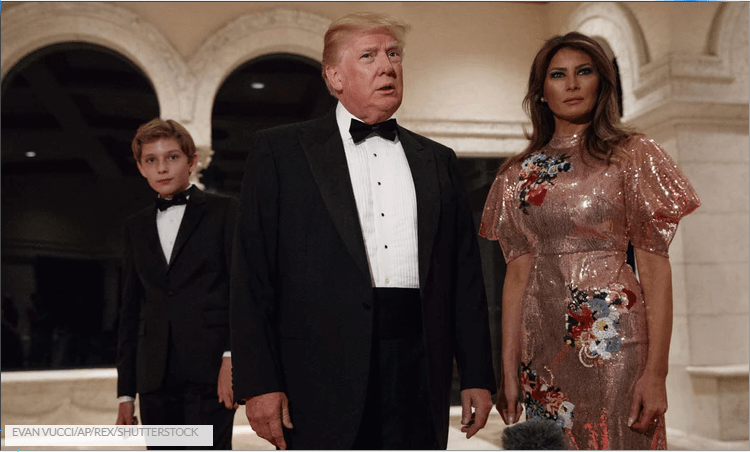 Donald & Melania Trump's Body Language On New Year's Eve Was So Uncomfortable, According To Experts